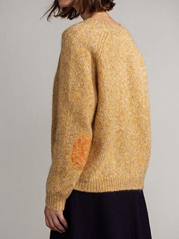 yellow sweater detail